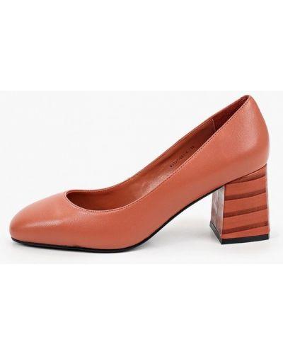 Кожаные красные туфли закрытые Graciana