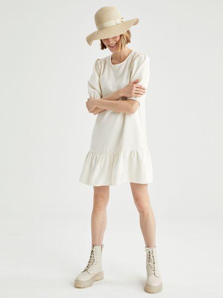 Белое платье мини с вырезом из вискозы Defacto