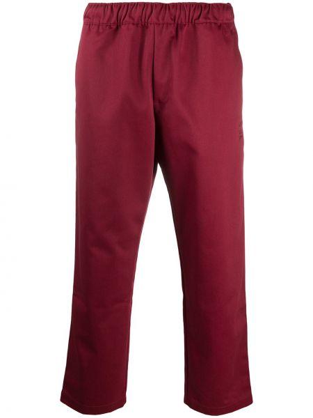 Przycięte spodnie, czerwony Adidas