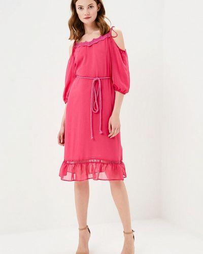 Розовое платье с открытыми плечами Naf Naf
