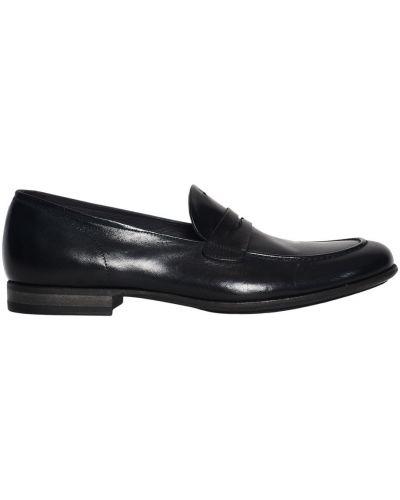 Czarne loafers Pantanetti