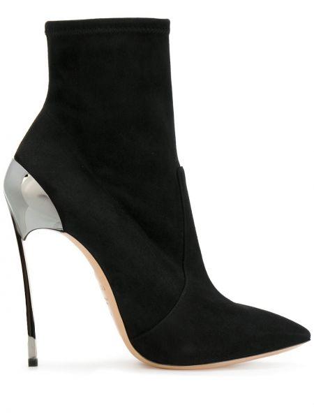 Ботинки на каблуке черные с острым носком Casadei