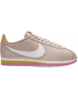Кроссовки с логотипом на шнуровке Nike