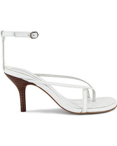 Białe sandały skorzane klamry Jaggar