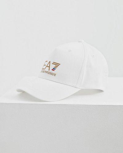 Белая кепка Ea7