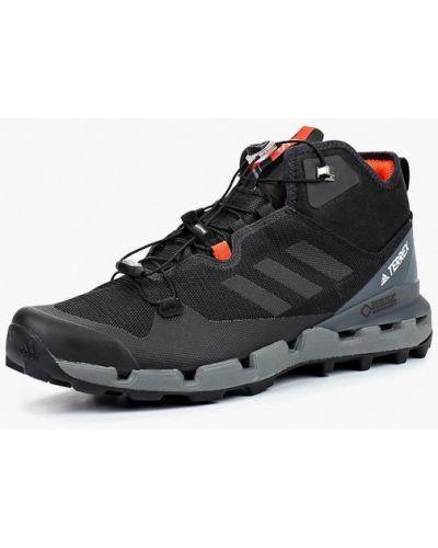 Треккинговые ботинки осенние Adidas