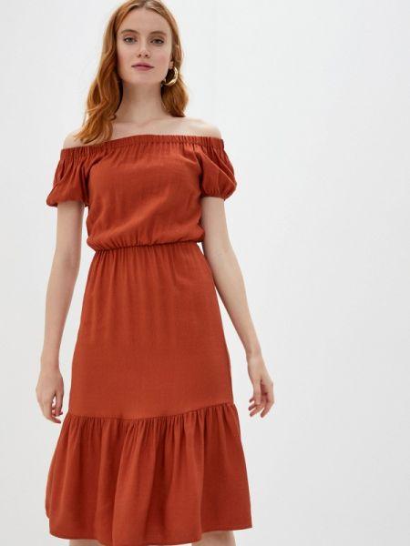 Платье с открытыми плечами весеннее Defacto