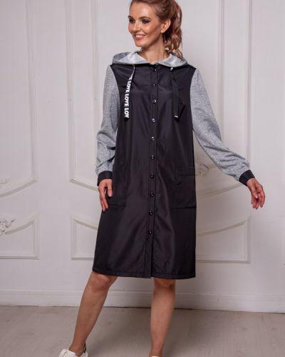 Костюмное приталенное платье на пуговицах с капюшоном Lila Classic Style