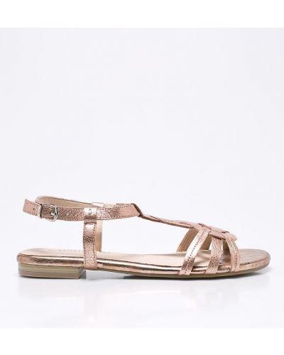 Розовые сандалии Caprice