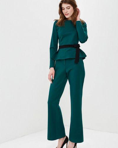 Зеленый брючный костюм Bezko