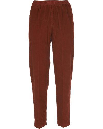 Czerwone spodnie Pomandere