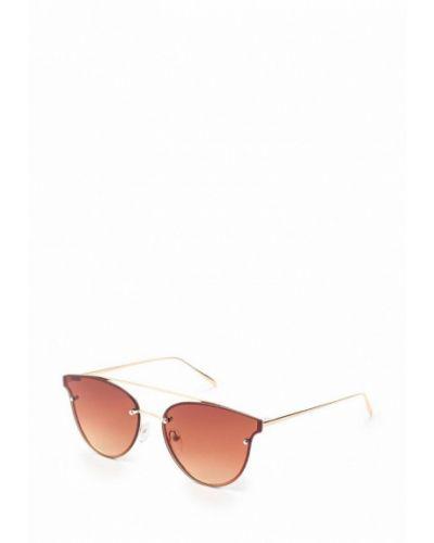 Солнцезащитные очки золотого цвета Fabretti