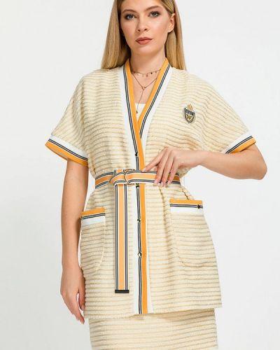 Костюмный бежевый юбочный костюм Clever Woman Studio