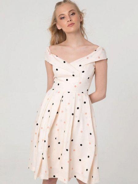 Бежевое платье с открытыми плечами Lmp