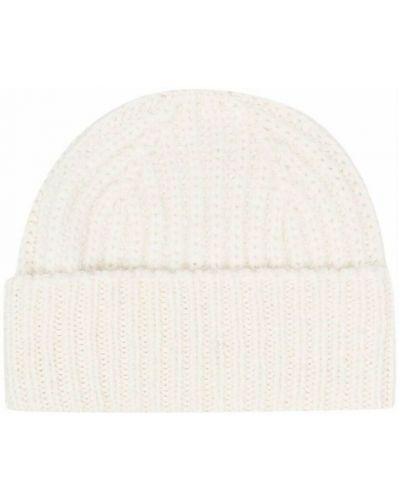 Biała czapka Closed
