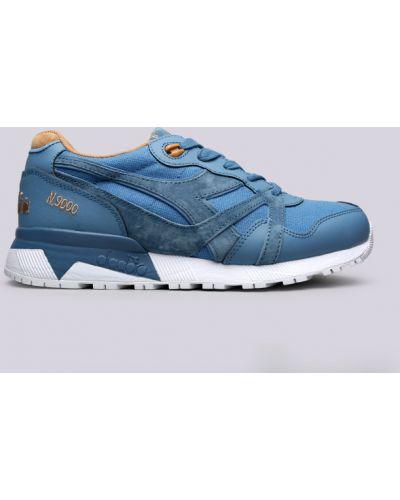 Синие кроссовки Diadora