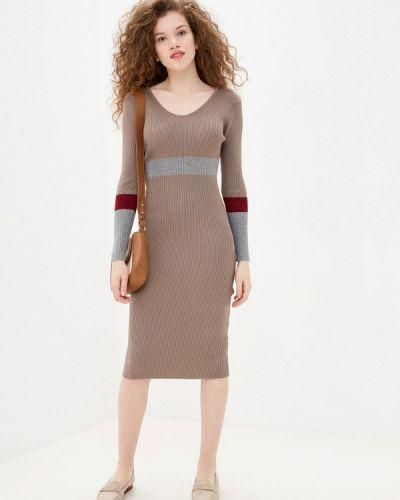 Бежевое трикотажное вязаное платье Trendyangel
