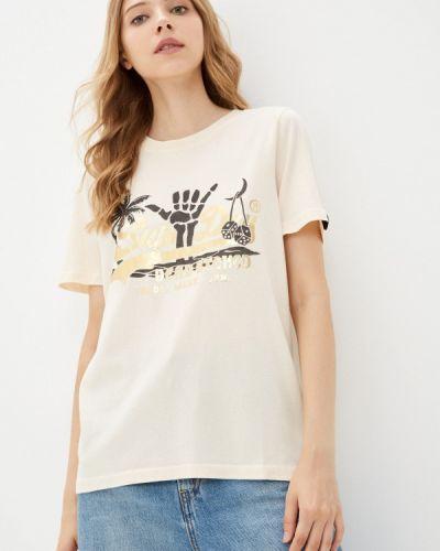 Бежевая зимняя футболка Superdry