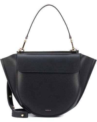 Черная сумка на плечо Wandler