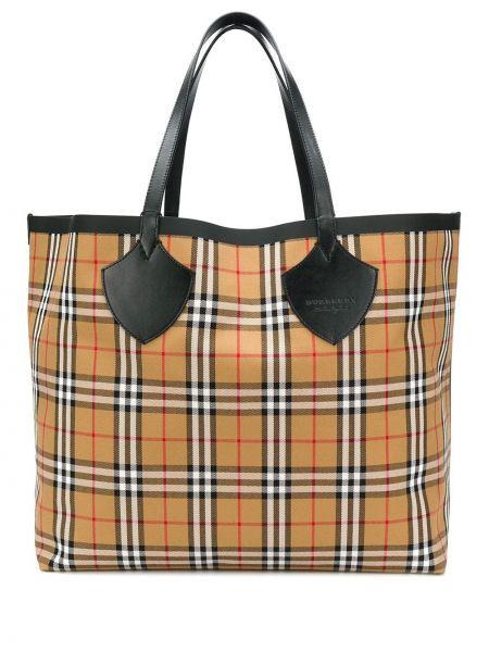 С ремешком брендовая сумка-тоут из натуральной кожи Burberry