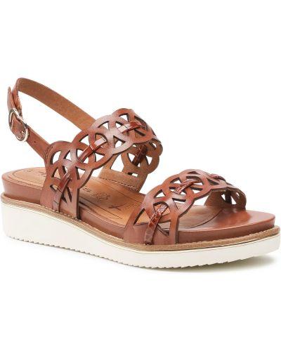Sandały skórzane - brązowe Tamaris