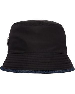 Czarny kapelusz z nylonu Prada