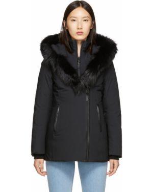 Długi płaszcz z kapturem pikowana Mackage