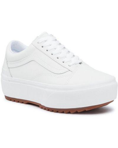 Biały sneakersy kaskada Vans
