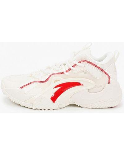 Текстильные белые кроссовки Anta