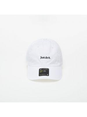 Czarny kapelusz Nike