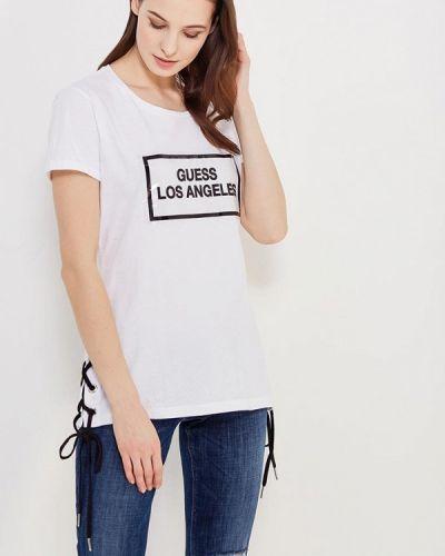Белая футболка Guess Jeans