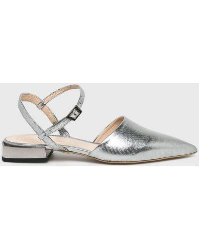 Кожаные сандалии - серебряные Baldowski
