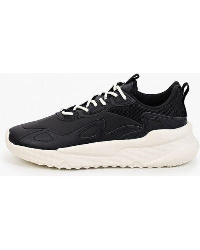 Черные зимние кроссовки Anta