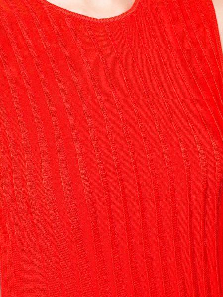 Красное плиссированное платье без рукавов с вырезом Carolina Herrera