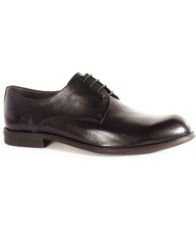 Черные туфли Respect