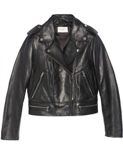 Черная кожаная куртка Sandro