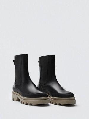 Кожаные черные ботинки Massimo Dutti