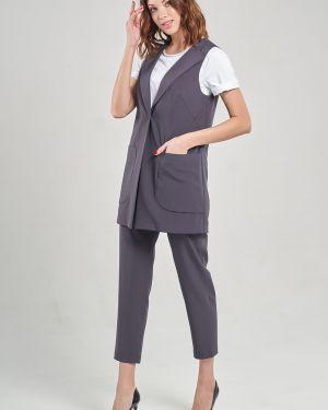 Зауженный костюмный костюм с жилетом с лацканами с поясом Mari-line