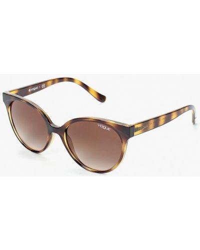 Солнцезащитные очки кошачий глаз коричневый Vogue® Eyewear