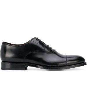 Черные кожаные туфли на каблуке на шнурках Green George