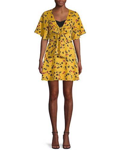 Платье в цветочный принт с вырезом с короткими рукавами Bcbgeneration