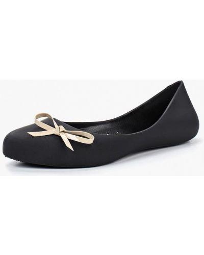 Черные балетки с острым носком Noos Icon