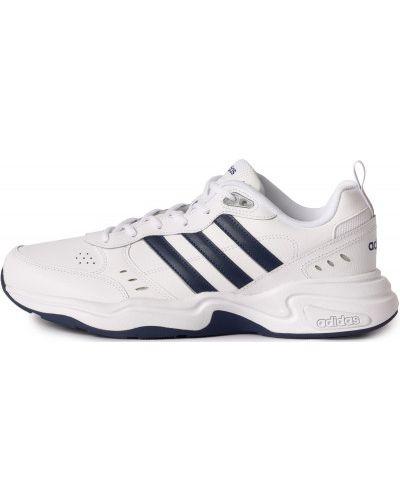 Белые кожаные спортивные кроссовки на шнурках Adidas