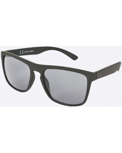 Солнцезащитные очки черные Jack & Jones