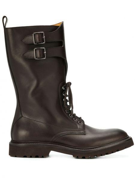 Коричневые сапоги без каблука на шнуровке с пряжкой круглые Holland & Holland