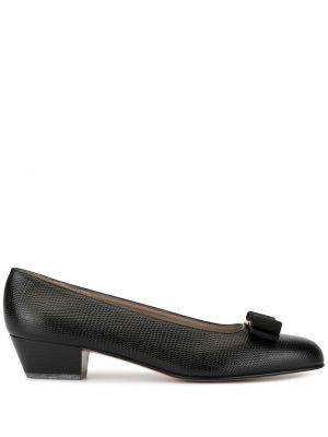 Черные туфли-лодочки винтажные металлические круглые Salvatore Ferragamo Pre-owned