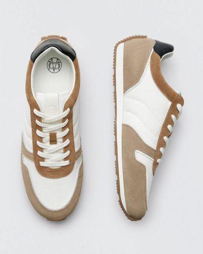 Бежевые зимние низкие кроссовки Massimo Dutti