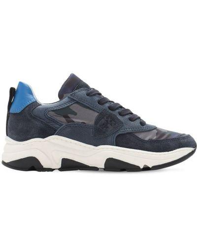 Ażurowy niebieski sneakersy z łatami na sznurowadłach Philippe Model