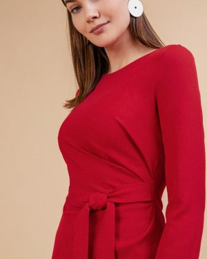 Приталенное платье миди - красное Emka