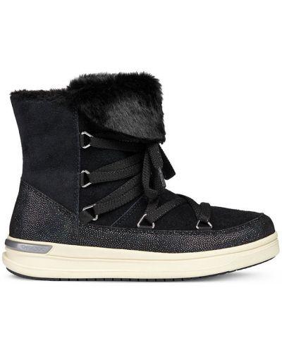Ботинки черные на шнуровке Geox